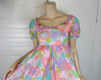 60s Pastel Jumpsuit- 1960s Sweet Boho Floral- Pink & Lavender- Regency