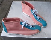 80s Ankle Boot Lace Up Coral Pink and Aqua Leather Color Block Shoe ZODIAC by Encore USA 8.5 M Euro 38 / Hipster Leather Bootie Two Tone