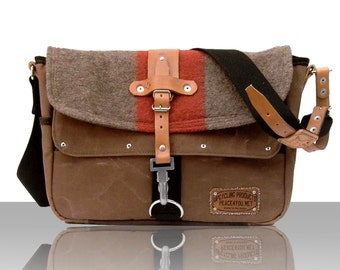 Brown Messenger Bag, Crossbody Messenger Bag, Cotton Tent Canvas Bag, Notebook Bag, Recycled Swiss Army Blanket / Upcycled in GERMANY - 2174