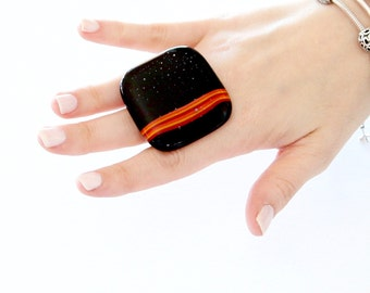 Glass Jewelry, Glass Ring, Statement Ring, big ring, statement jewelry, black ring, handmade ring by StudioLeanne