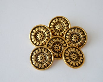 SEE SHOP ANNOUNCEMENT for % Off Coupon Code - Daisy Gold Buttons - 3/4  inch x 6