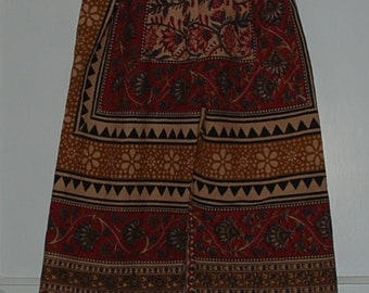 Hippie pants kids-size 5-Red Tan diamond -fits many sizes- Jams or Capris on older child - read Measurements.Boys or Girls