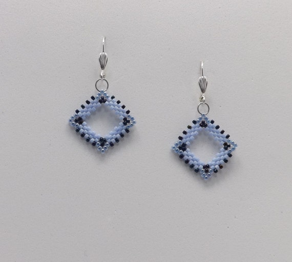 Light Blue and Navy Peyote Stitch Beaded Earrings with a Lever Back finding Sku: ER1022