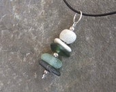 Beach pebble & sea glass in green as necklace. Small beach jewelry handmade in Australia. Simple stone glass pedant
