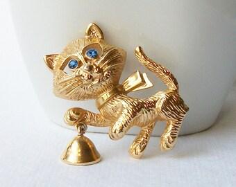Vintage Avon Cat Brooch