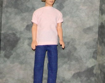 KEN1-34) Ken doll clothes, 1 peach T shirt and blue jeans