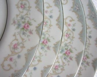 Vintage Tudor Rose Royal M Yamaka Japan Salad Plate