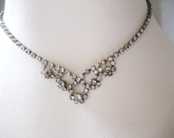 """CLOSING SALE Vintage 1940s-50s rhinestone choker necklace. 15 1/2"""". Wedding, prom, party jewelry."""