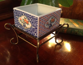 Vintage Chinoiserie Planter with Metal Stand