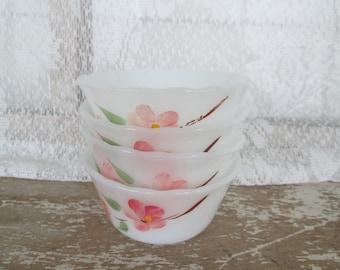 Set 4 Anchor Hocking Fire King custard dishes USA glass dishes Retro Mid Century Gay Fad Peach Blossom Floral custard cups Ramekin Nut Dish