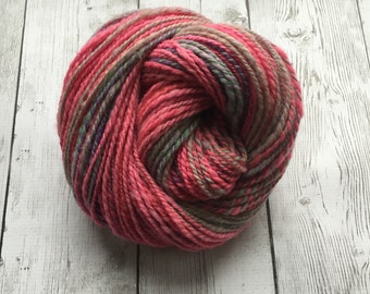 Hand Spun Yarn  - Suffolk Wool Worsted Natural Mostly Pink -  176 yds 3.7 oz (HS0201)