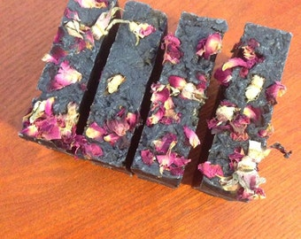Activated Charcoal & Seaweeds Soap