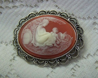 Mother and Child Goddess Cameo Brooch - Carnelian Pin - Mother's Day - Mom - Mama - Mother's Gift - Goddess and Child - Shell tone cameo