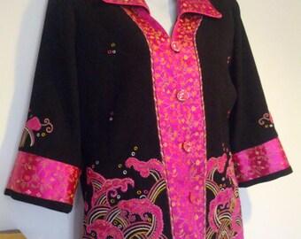 Vintage 80s Fuschia Black Embroidered Silk Crepe Oriental ladies Jacket Coat Size  Medium Small