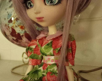 Strawberry Pullip/ Blythe doll dresses