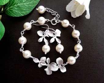 Bracelet and Earring SET of 3 - Swarovski Ivory Cream Pearl Silver Trio Orchid Flowers Sterling Silver Bracelet and Earring SET
