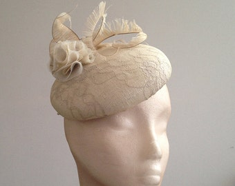 Vintage Lace Bridal Button (hat) - Stylish Vintage lace bridal piece, can be made in the lace of your dress to match perfectly