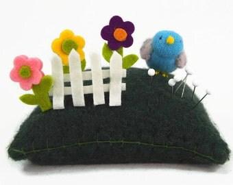 fun pincushion, bird on pincushion, wool pincushion, all natural pincushion, sewing room accessory