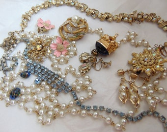 Vintage Junque Rhinestone Costume Jewelry Necklace Earrings Brooch Chain LOT Destash Supplies
