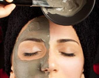 Green Tea and Bentonite Clay Facial Mask
