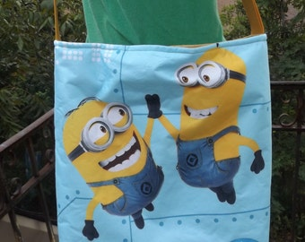 Minions  Cross- Body Adjustable  Slouch Bag     Universal