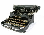 ON HOLD FOR allo ******** Do not purchase******** Corona 3 Folding Typewriter from 1920 - With Travel Case