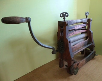 Antique Clothes Wringer . 1888 . Horseshoe Brand from the American Wringer Co., NY