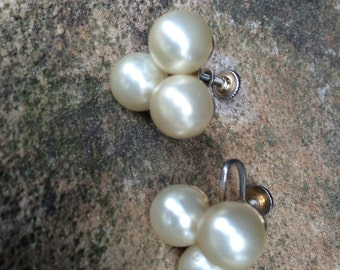 Vintage Screwback Pearl Earrings