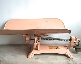 Scale, 1950s Detecto Baby Beam Scale Pink Metal Footed