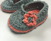 Baby Loafers Crochet Pattern-Immediate PDF download. Permission to sell finished items.