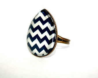 Chevron Teardrop Adjustable Ring, Cocktail Ring, Spring Accessory, Navy Blue Chevron