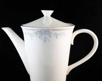 Lenox  Reverie Tea/Coffee Pot W/Lid Holds 6 Cups U.S.A. Circa 1980's
