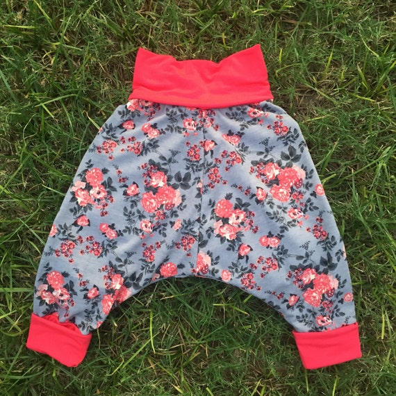 Girls pink and floral stretchy harem pants (sizes 6 months to 4 years)