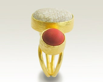 Cocktail ring, 14k yellow gold ring, adjustable gold ring, white turquoise and red coral ring, stones ring, statement - Slow Dance RG1762-1