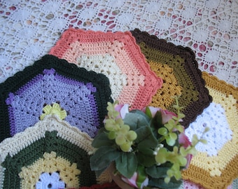 Charming bundle of 8 vintage style double thickness  six pointed crocheted pot holders, trivets, hot pads  cottage home decor