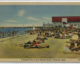 Beach Scene Fort Phoenix Beach Fairhaven Massachusetts linen postcard