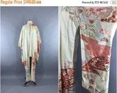 SALE - Vintage 1950s Silk Kimono Robe / 50s Wedding Dressing Gown Lingerie / Downton Abbey / Art Deco Furisode / Ivory Floral Print