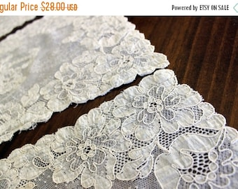 3 Antique Needle Lace, Light Ecru, Alencon Lace, Vintage Doilies, Lace Placemats 13665