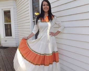 Long Patio Dress Full Skirt Ivory Peach Country Ric Rac Cotton Vintage 40s S