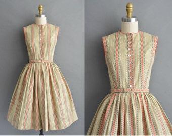vintage 1950s dress / 50s Gay Gibson cotton print vintage dress