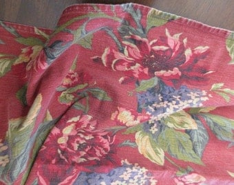vintage floral Waverly cotton TABLECLOTH - shabby chic