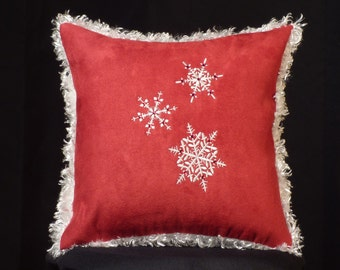 New Embroidered Red White Fluffy Snowflake Accent Pillow New 12 x 12 Insert — Item 220
