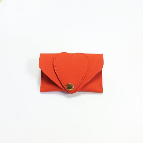 Red leather card case / Wallet / leather case / heart / hearts / business card case / card holder / leather purse / kitty
