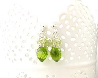 Sterling silver earring, olivine green earring, dangle gemstone earring, everyday jewelry