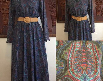 Vintage 80s / Green / Blue / Red / Paisley Print / Long Sleeve / Secretary Dress / Size 8
