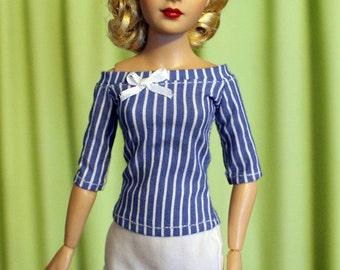 PDF PATTERN: Blouse and Skirt for Momoko, Tiny Kitty, & Similar Dolls