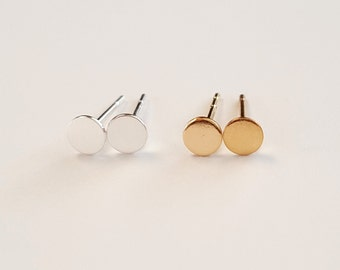 Minimal Tiny Flat Dot Earrings , Tragus Earring , Minimal Stud Earrings , Available in Sterling Silver and Gold Filled, Simple Everyday Wear