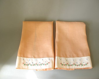 Vintage Guest towels set, embroidered, Irish linen guest towels, peach