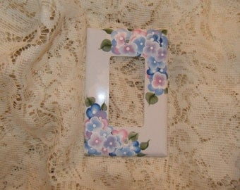 Cottage Chic Hand Painted Hydrangea Single Rocker Light  Switch Cover