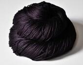Last dance - Silk Fingering Yarn - Purple Hand Dyed Yarn - handgefärbte Wolle - DyeForYarn